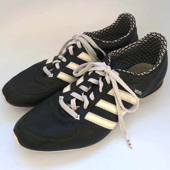 tout neuf 3ff24 3cae8 Adidas Midiru women's sneakers leather black white